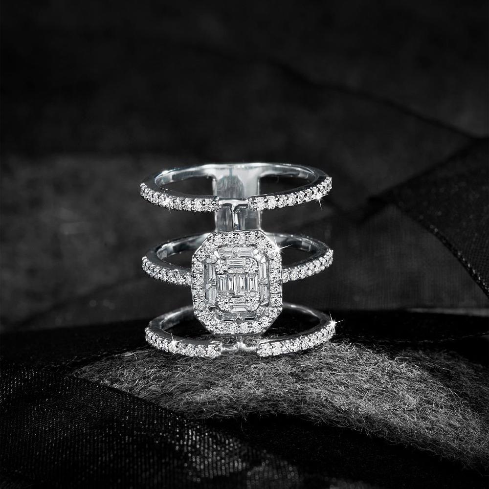 Emerald Cut 3line ring