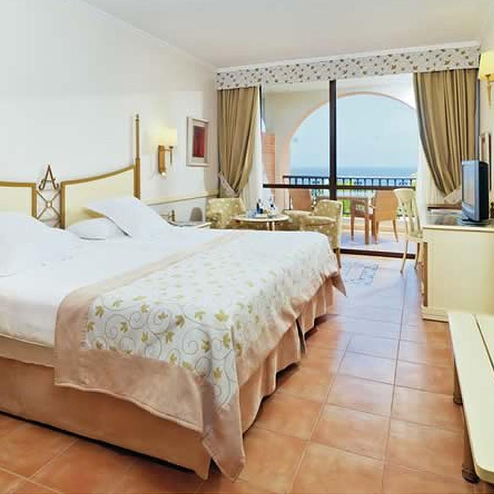 Contribution to Pre Honeymoon Hotel Room
