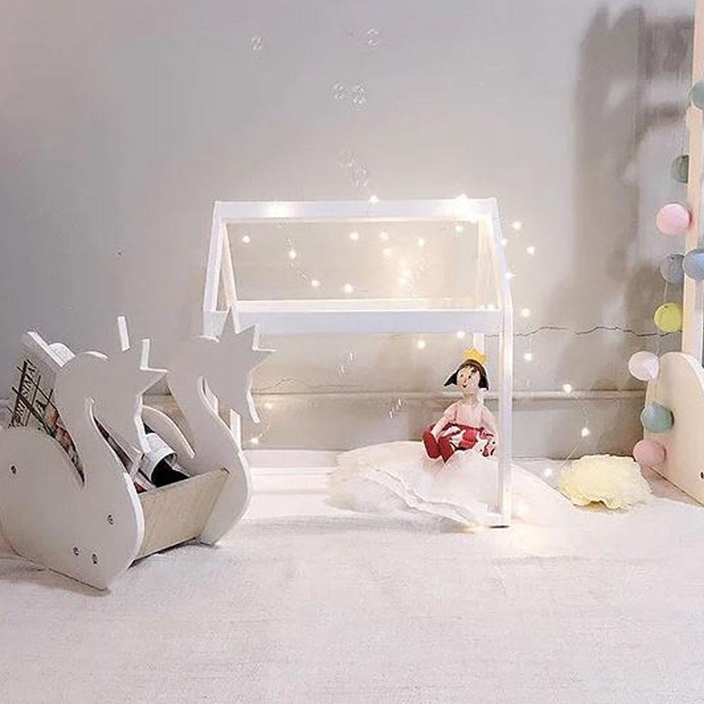Mini house frame bed for dolls