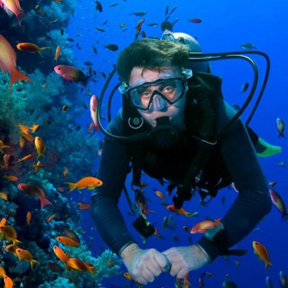 Dubai Scuba Diving (normal mask)